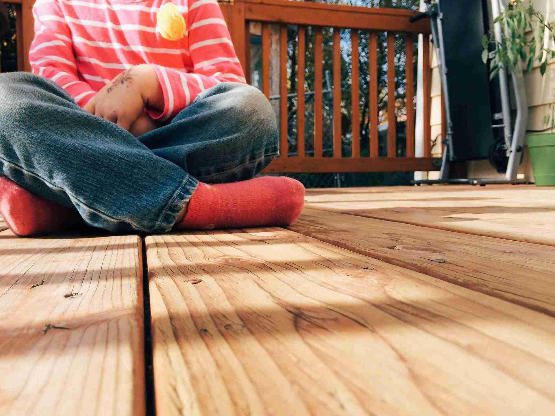 Hoe lang blijft steigerhout buiten goed?